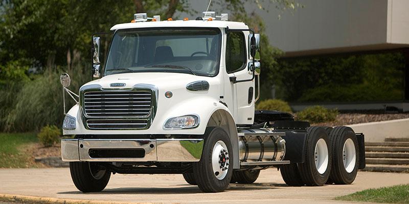 Transporte Carretero - FREIGHTLINER M2 112 Tractor (410 HP)
